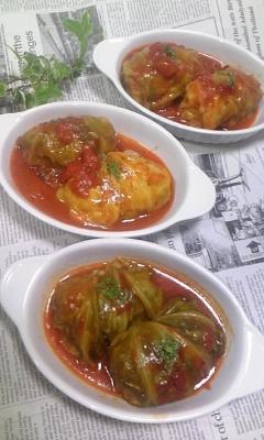 春キャベツdeトマト煮込みロールキャベツ♪