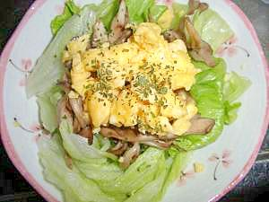 スクランブルエッグサラダ