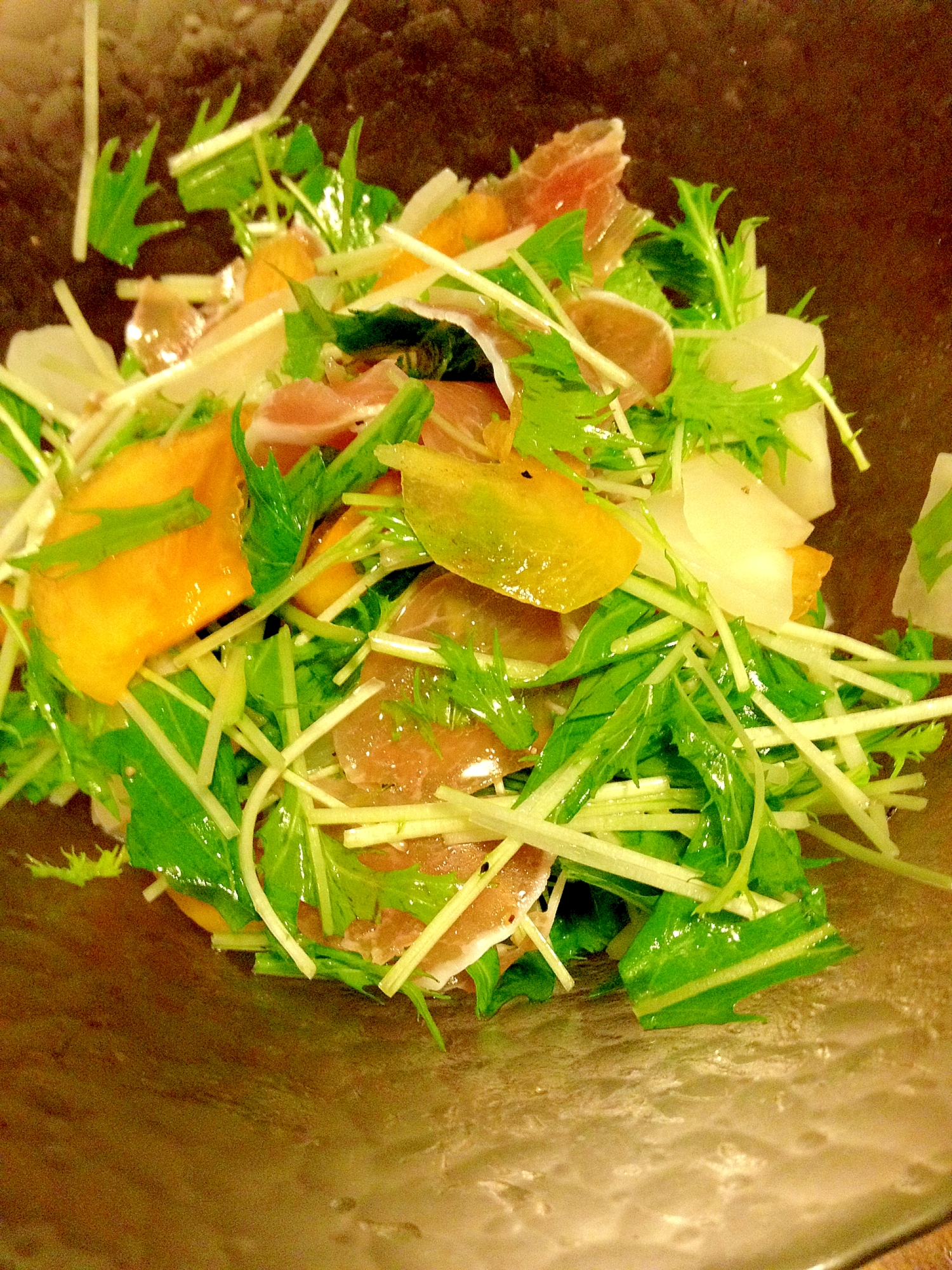 パーティーに☆柿と生ハムのおしゃれサラダ