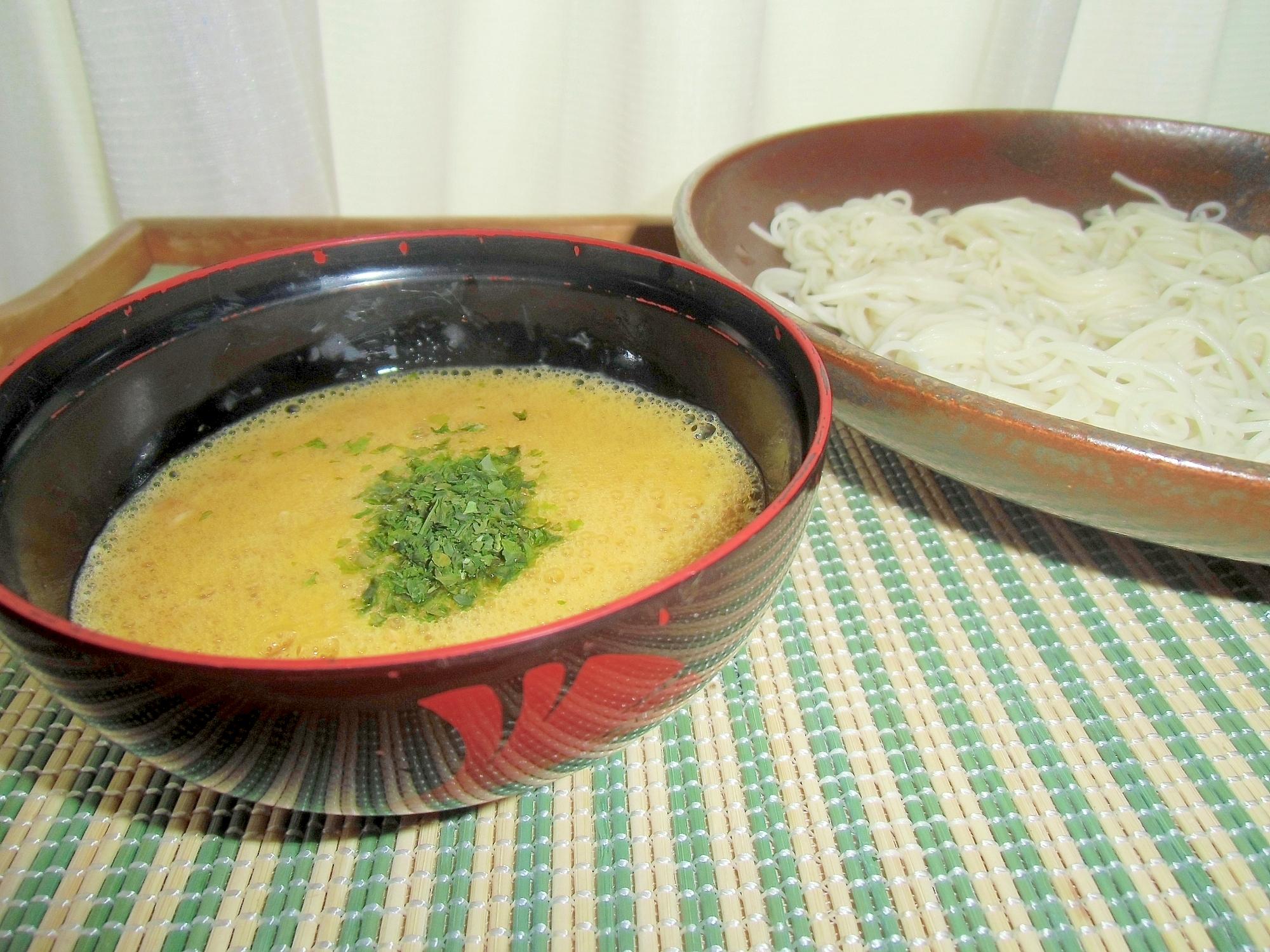 素麺つゆアレンジ★納豆エッグそうめん