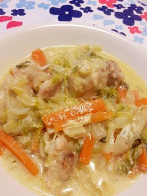 塩もみ白菜 鶏もも肉とニンジンのクリーム煮 レシピ 作り方 By