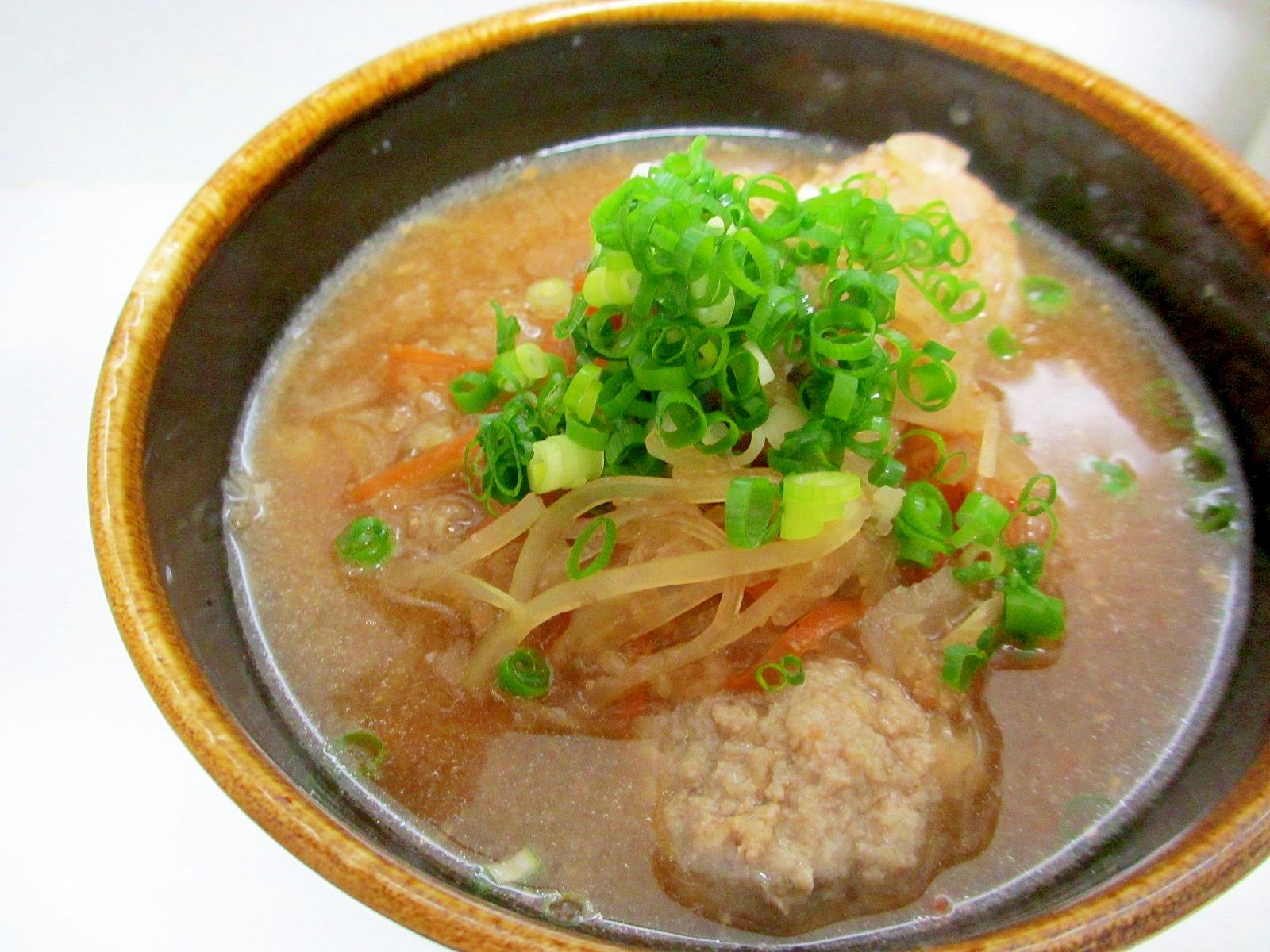 4. 豚肉入りれんこん団子の味噌汁