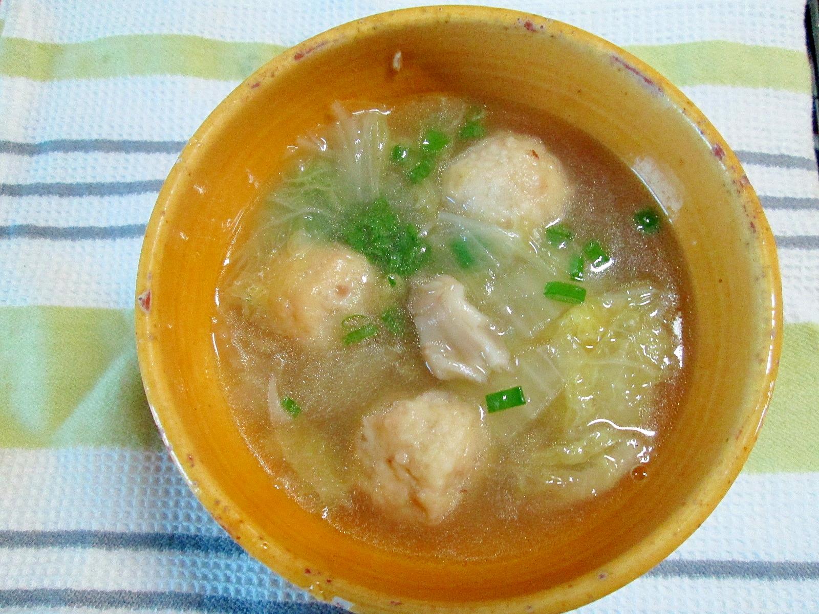 体温まる♪冷凍肉団子と白菜のスープ
