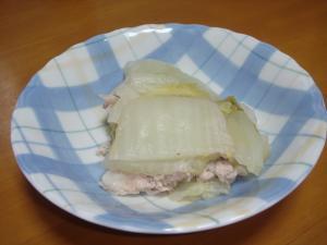 材料を切って煮込むだけ♪白菜と豚肉の蒸し煮