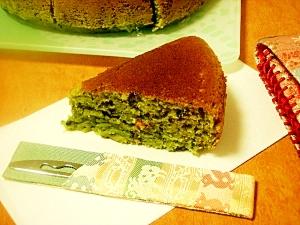 混ぜ混ぜして簡単♪お抹茶ふわふわバターパンケーキ