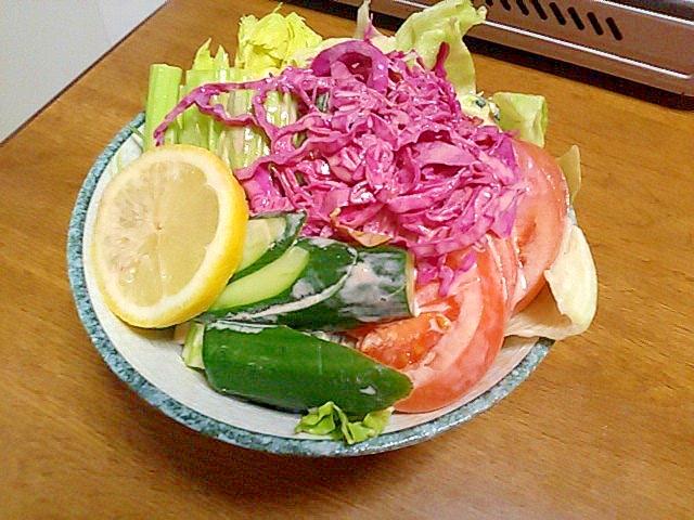 ざく切り野菜で居酒屋風!簡単野菜サラダ