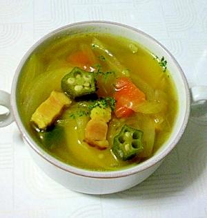 具沢山の食べるスープ!カレーコンソメスープ