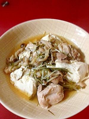鶏肉の湯豆腐風