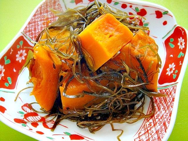 5. 切り昆布とかぼちゃのほっこり煮物