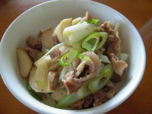 ねぎと山芋豚肉の炒め