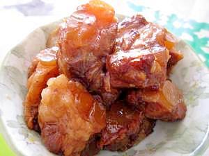 6. 豚軟骨のソーキ煮込み