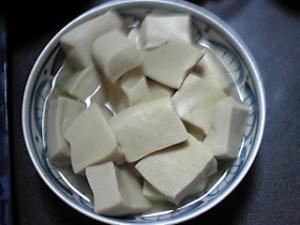 今日の高野豆腐の含め煮