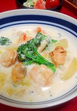 野菜だしを使って シーフードと白菜のクリーム煮 レシピ 作り方 By