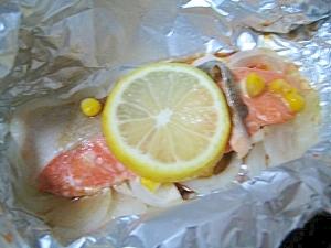 トースターで焼くだけ♪新玉ねぎと鮭のホイル焼き☆