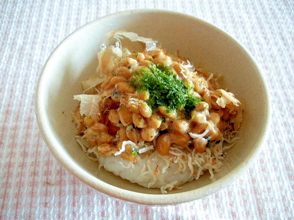 ☆道産大豆納豆とえびジャコのソース味ごはん☆