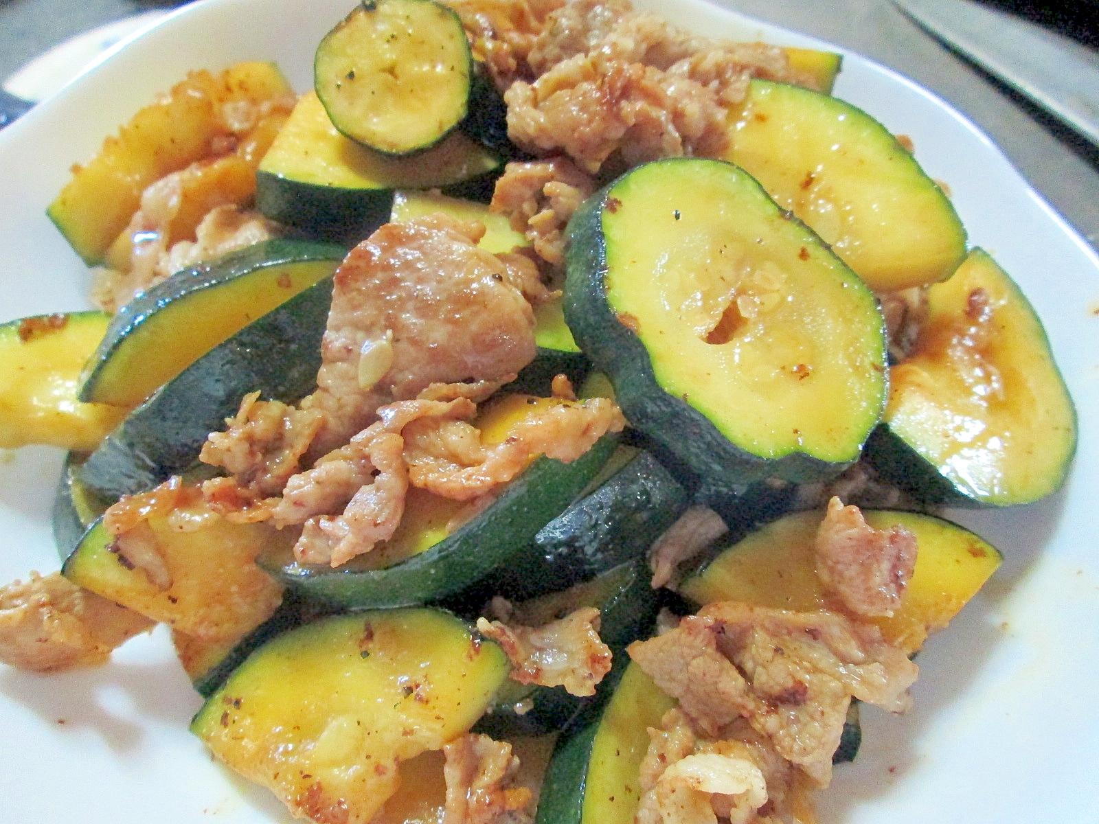 ズッキーニと豚肉の炒め物