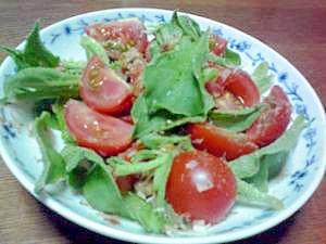 アイスプラントとトマトのサラダ