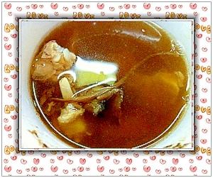 茶樹茸と鶏肉のスープ