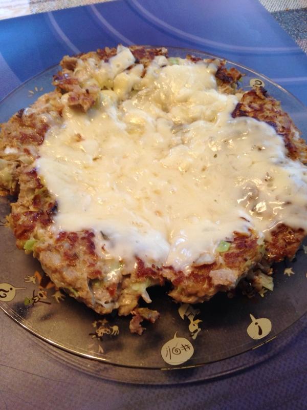 フライパンサイズキャベツ入りチーズハンバーグ