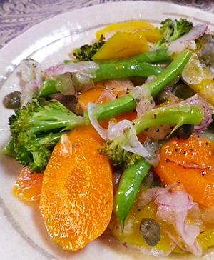 ワイン蒸し野菜と紫玉ねぎのマリネ