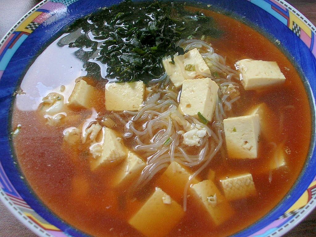 ダイエットにしらたきで♪玉ワカ豆腐ラーメン