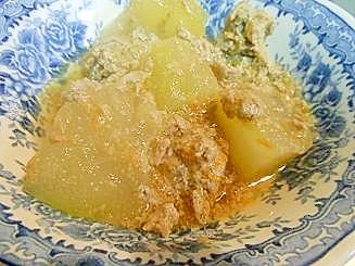 いわしのつみれと冬瓜の簡単煮物