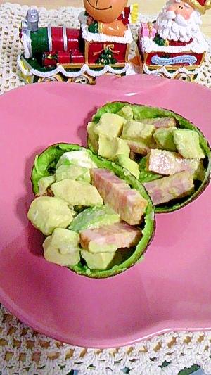 アボカドとベーコンのクリーミーサラダ