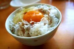 簡単だけど本当においしい!しらす卵かけご飯