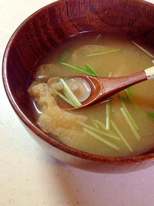 水菜しめじと油揚げのお味噌汁
