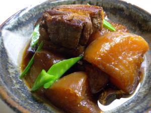 豚バラ肉と大根の煮物★絶品