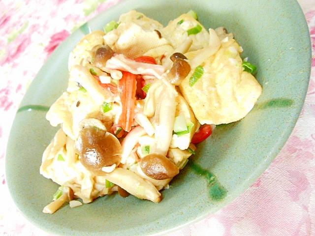 カニかまとブナシメジと崩し豆腐の白湯炒め
