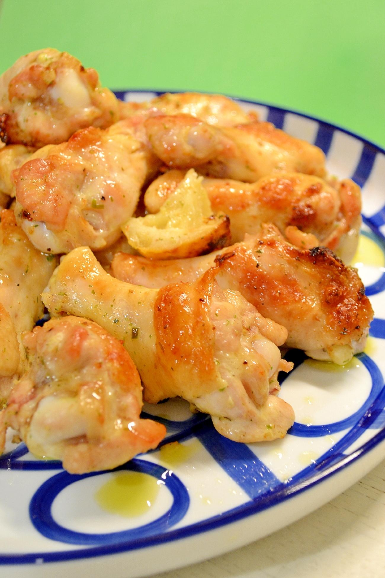 3. 鶏手羽元のレモンソルトハーブ塩焼き