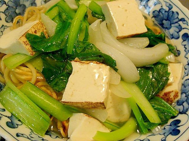 小松菜と焼き豆腐のあんかけ焼きそば