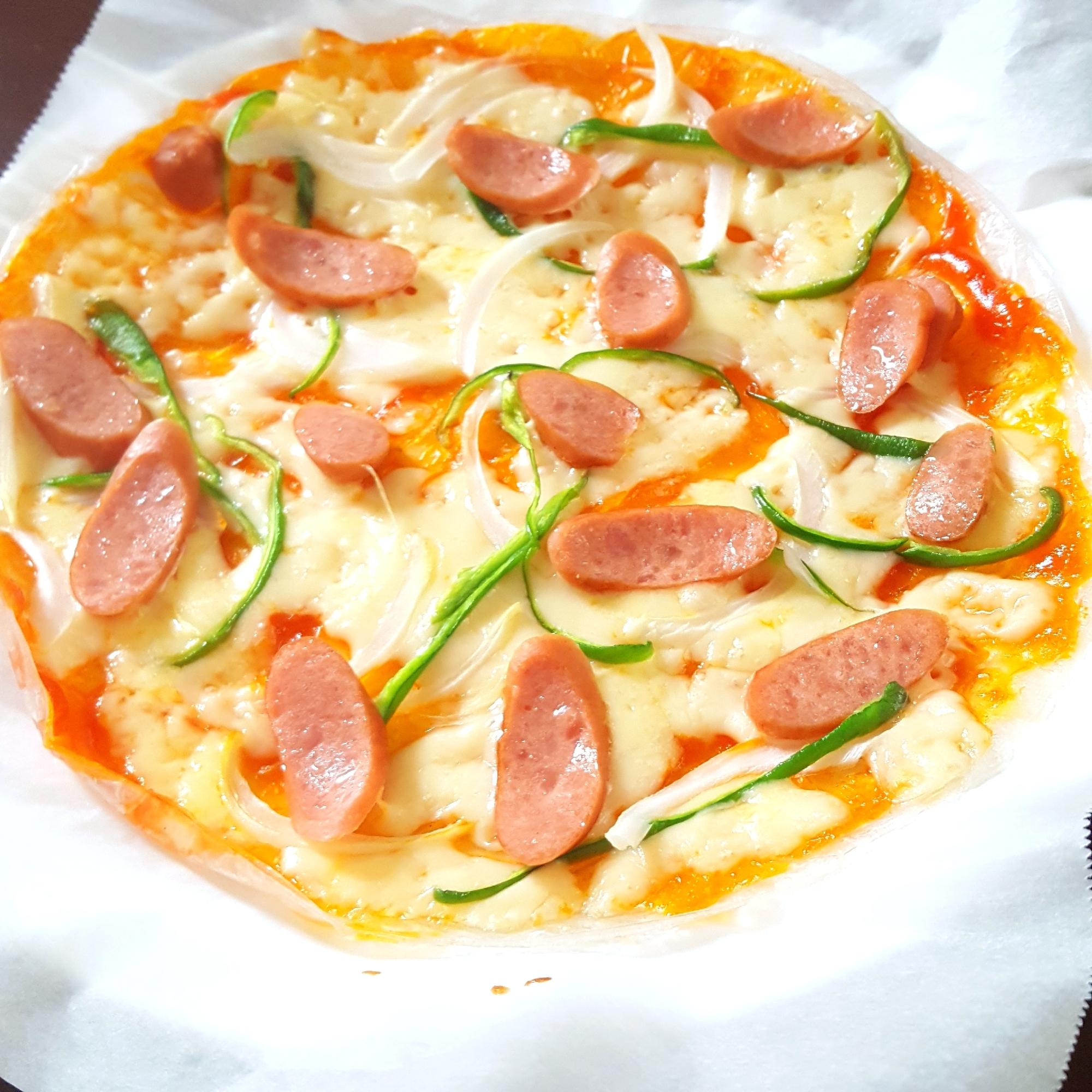 3. ライスペーパーで簡単ピザ