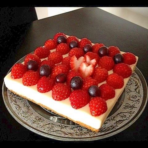 ハート沢山★ホワイトチョコレートのレアチーズケーキ