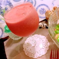 西瓜と甘酒のフローズンカクテル