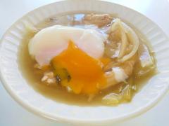 ささみと温泉卵の野菜たっぷり胡麻醤油スープ