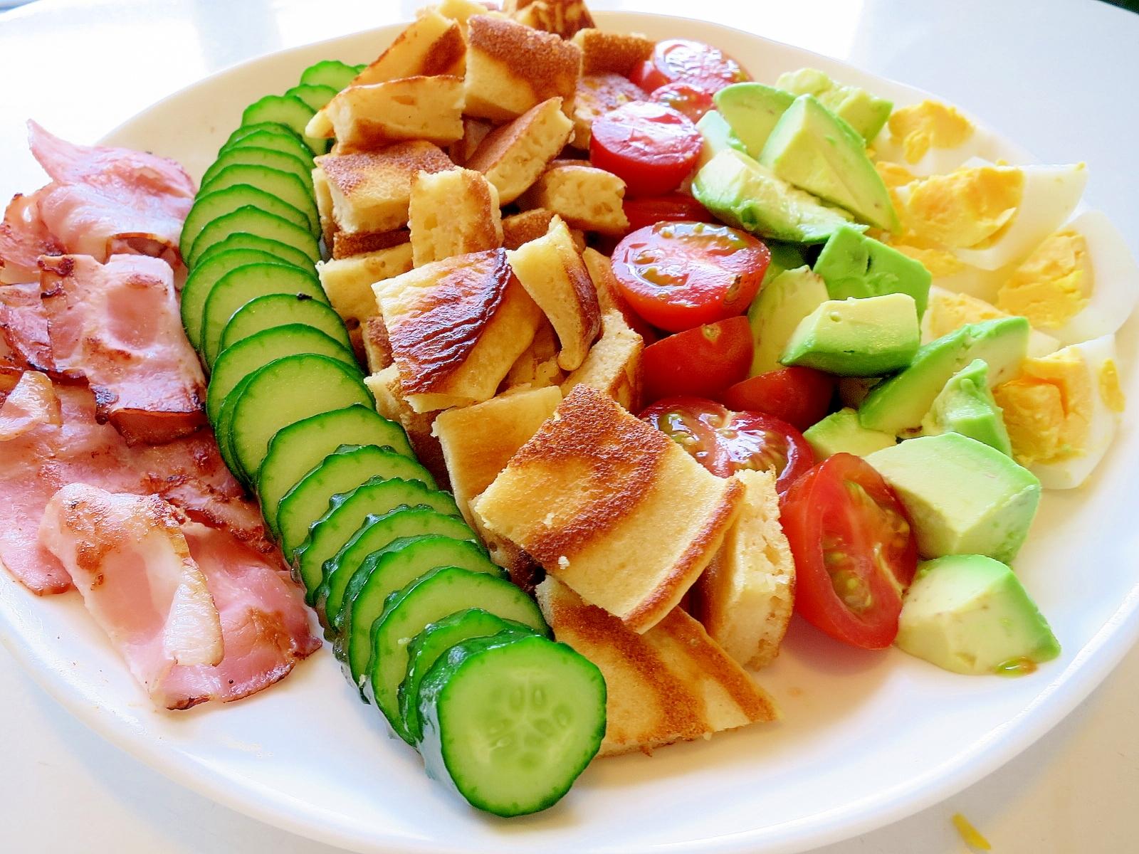 サラダ風パンケーキ