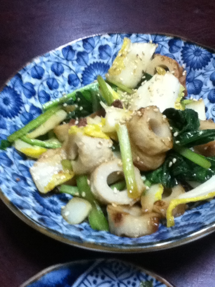 チクワと小松菜と白菜の焼肉のタレ炒め