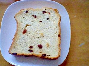 干しブドウ食パン