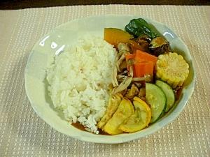 夏野菜のカレー☆隠し味はチョコシロップとケチャップ
