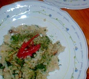 小松菜としめじのラー油風味の炒飯