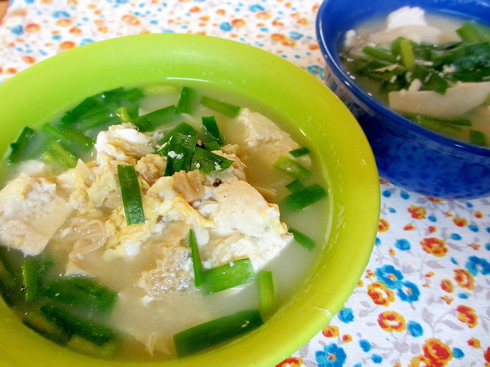 きのこと豆腐と卵のスープ