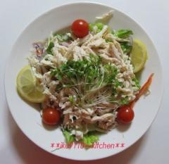 簡易野菜で簡単!時短♪蒸し鶏のサラダ