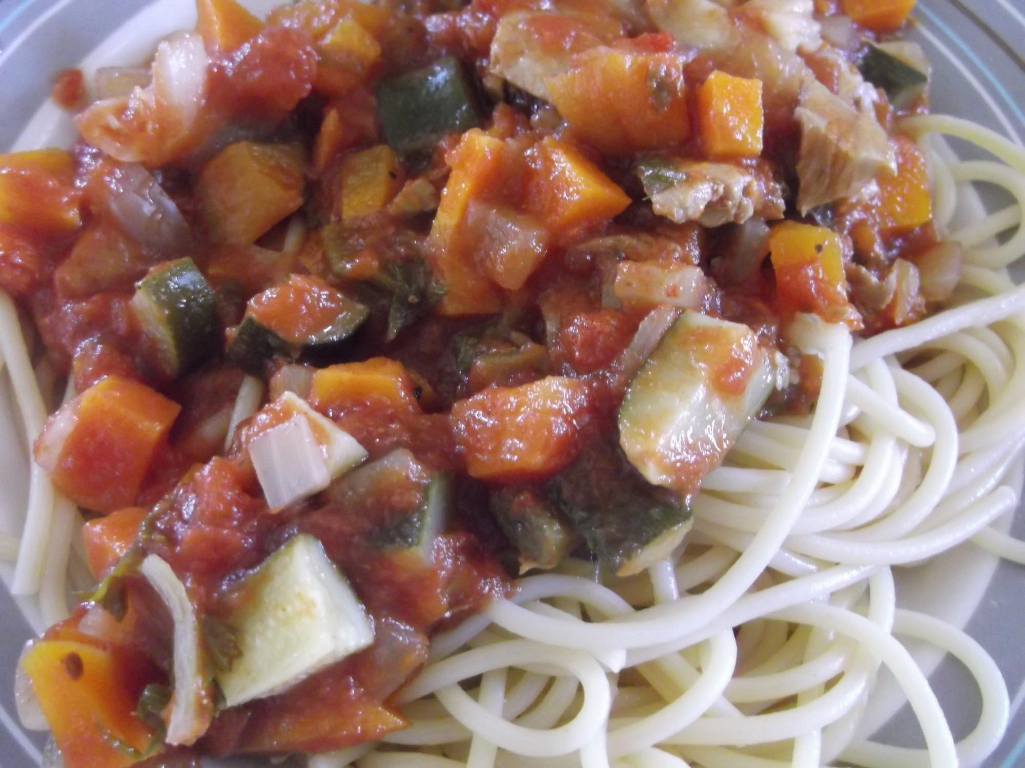 野菜と白身魚のパスタソース