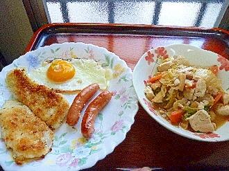 朝食プレート☆甘鯛フライ&ウィンナー&人参白菜煮