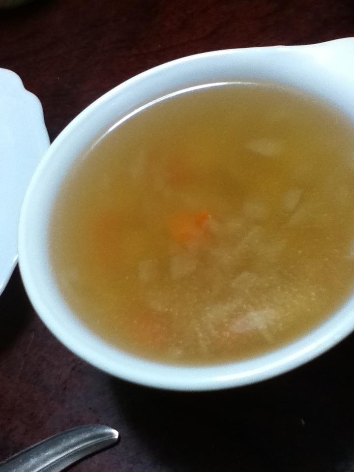 かまぼこと野菜のコンソメスープ