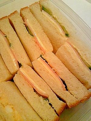 ハム胡瓜のサンドイッチ♪