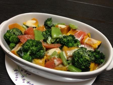 野菜のチーズグラタン