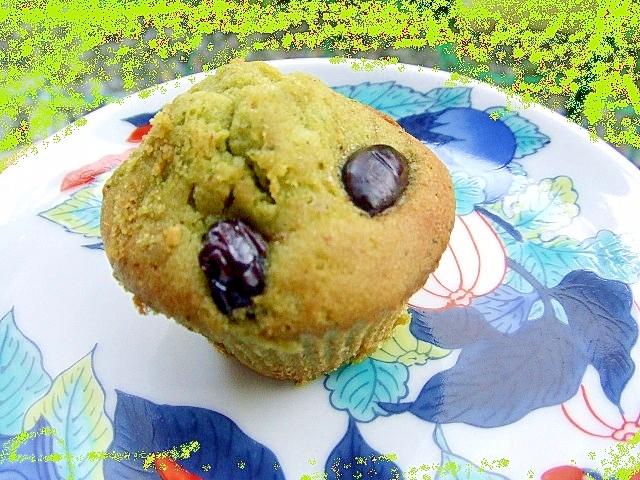4. 黒豆と抹茶の米粉マフィン
